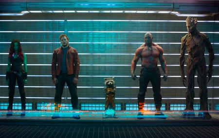 A equipe de ex-condenados se une rumo a um grande hit da Marvel Studios!