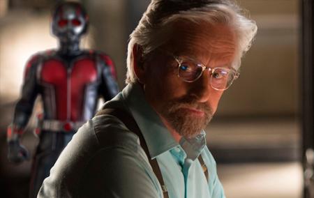 Hank Pym é o gênio por trás das partículas Pym.